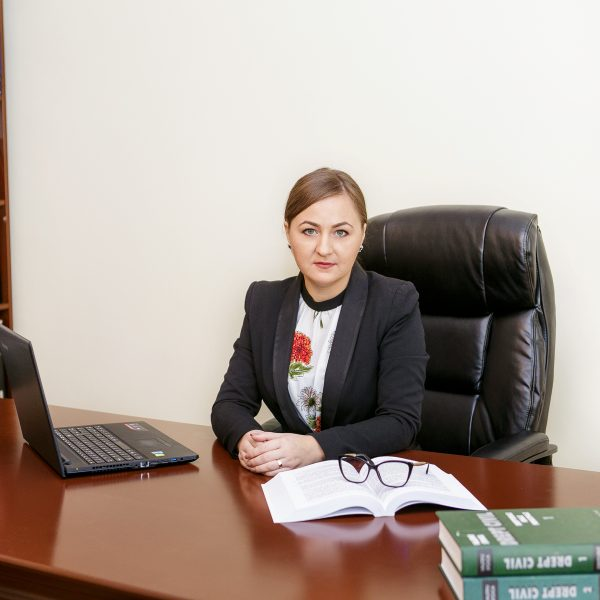 Suspendarea ratelor, dobânzilor şi comisioanelor, ca urmare a instituirii stării de urgență pe teritoriul României